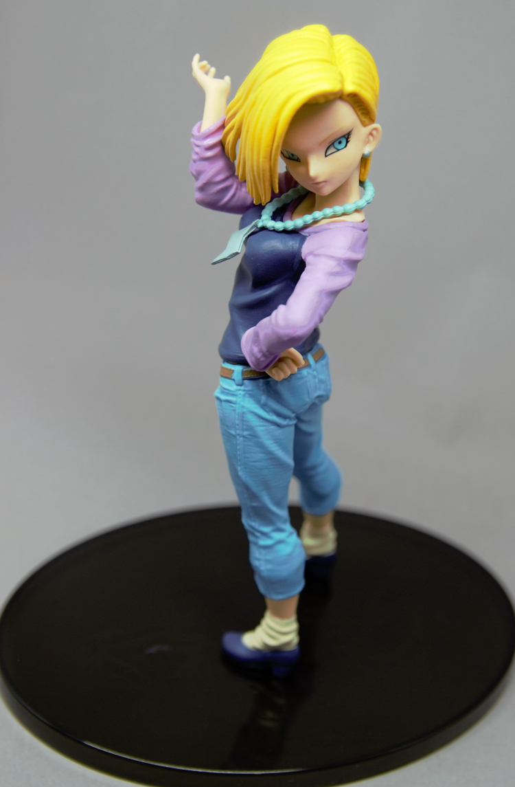 dragonball-c-18-banpresto-1