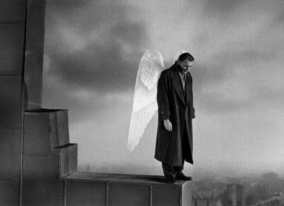 Bruno Ganz in Der Himmel uber Berlin (BR Deutschland/Frankreich 1986/87) von Wim Wenders © Wim Wenders Stiftung 2017  Bruno Ganz in Wings of Desire (West Germany/France 1986/87) by Wim Wenders