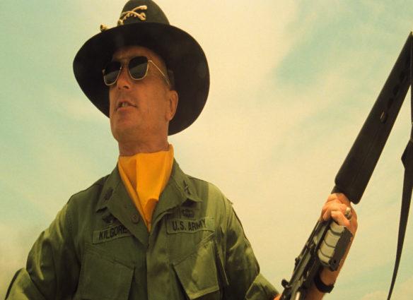 Robert Duvall (Oberst Kilgore)