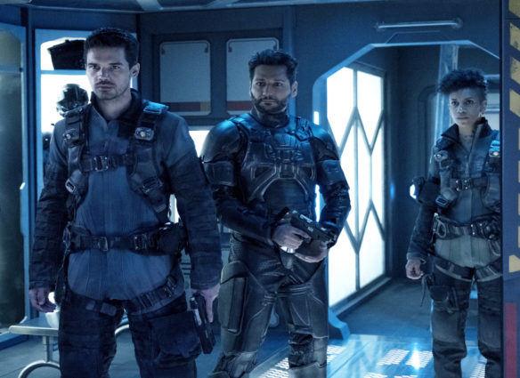 "THE EXPANSE -- ""Iff"" Episode 302 -- Pictured: (l-r) Steven Strait as Earther James Holden, Cas Anvar as Alex Kamal, Dominique Tipper as Naomi Nagata -- (Photo by: Rafy/Syfy)"